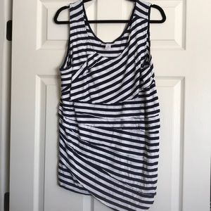Maternity tank with layered look